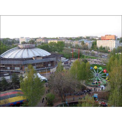 В Кирове ищут арендаторов общественного туалета и дома на кладбище