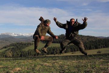 Путешественники из Вятских Полян возвращаются домой и везут с собой 19 головных уборов